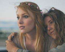 ミュゼとリンリンを比較する女の子たち